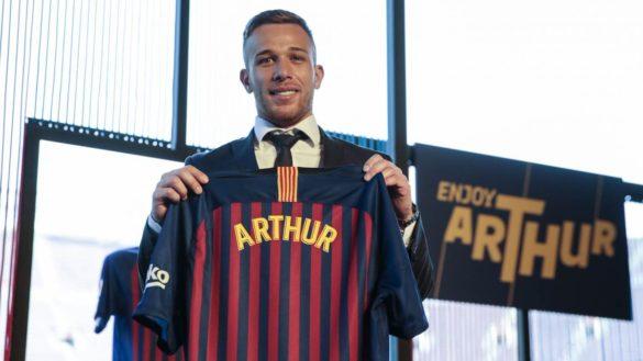 Bemutatták Arthur Melót, a Blaugrana új játékosát